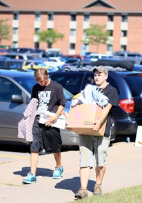 NMU Student Moving into Dorms